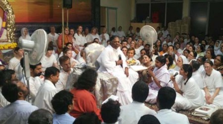Amma singing on Shivaratri night